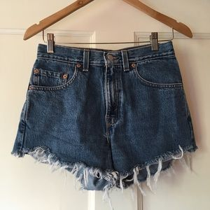 Levi's 505 High Waisted Distressed Shorts 28 or 26